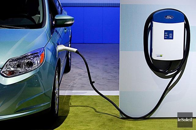 Le dispositif de recharge rapide pour voitures électriques... (Photothèque Le Soleil)