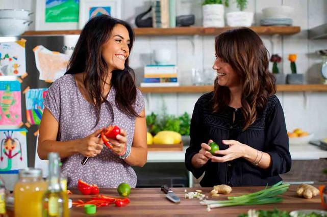 L'animatrice Alexandra Diaz et la nutritionniste Geneviève O'Gleman... (Photo Naomie Gagnon)