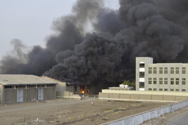 Des frappes aériennes ont eu lieu dans la... (PHOTO REUTERS)