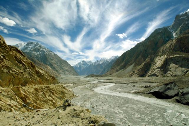 Le glacierSiachen au nord de l'Inde... (PHOTO PAWEL KOPCZYNSKI, ARCHIVES REUTERS)