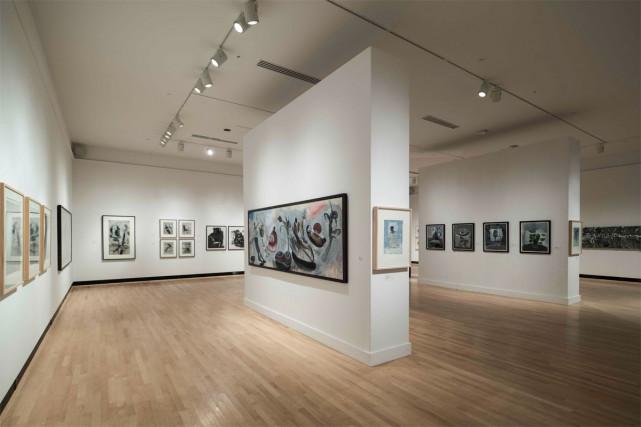 Vue de l'exposition Allers-retourscomprenant des oeuvres du graveur... (PHOTO FRANÇOIS LAFRANCE, FOURNIE PAR LA GALERIE D'ART DU CENTRE CULTUREL DE L'UNIVERSITÉ DE SHERBROOKE)
