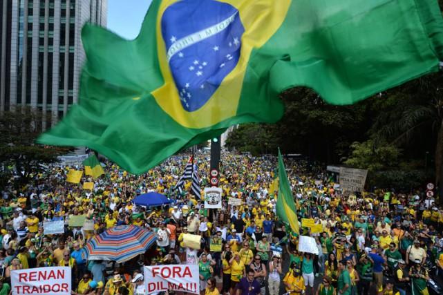 Au moins 866 000 personnes vêtues de vert... (PHOTO AFP)