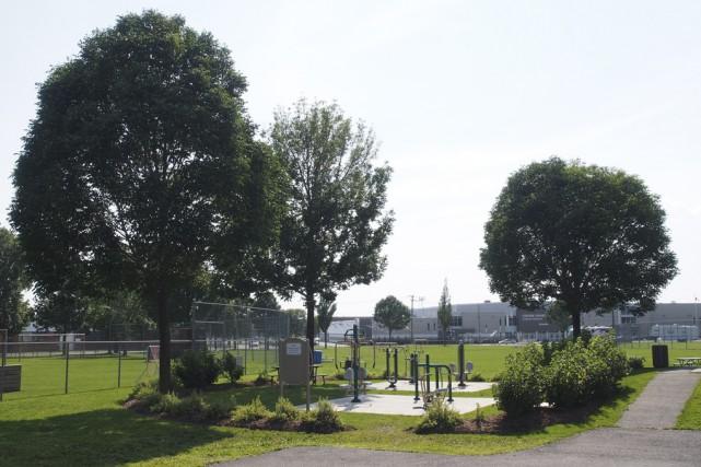 Le parc Dubuc est passé aux mains de la Ville de Granby, hier, en séance... (photo Alain Dion)