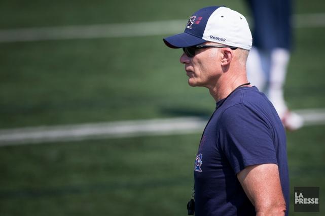 L'entraîneur-chef des Alouettes, Tom Higgins.... (Photo Olivier PontBriand, La Presse)