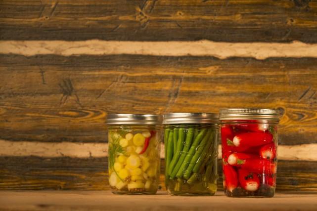 L'idée d'acheter des caisses entières de légumes, de stériliser des pots en... (PHOTO IVANOH DEMERS, LA PRESSE)
