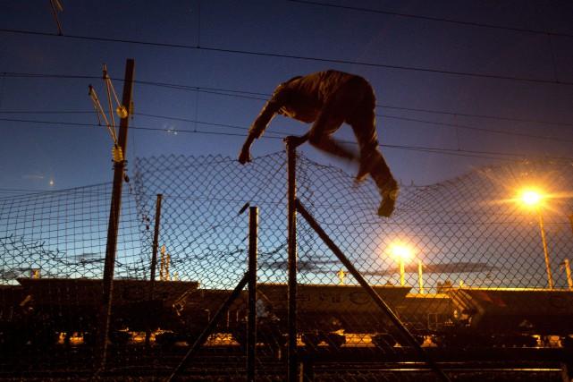 Les ministres visiteront le site d'Eurotunnel, où le... (Photo Emilio Morenatti, AP)