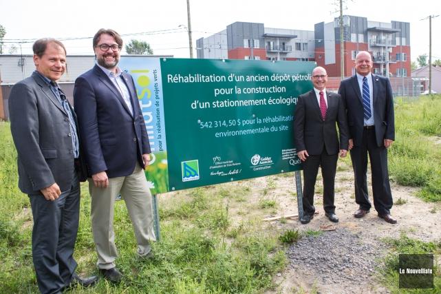 Un nouveau stationnement écologique sera construit sur la... (Photo: Olivier Croteau Le Nouvelliste)