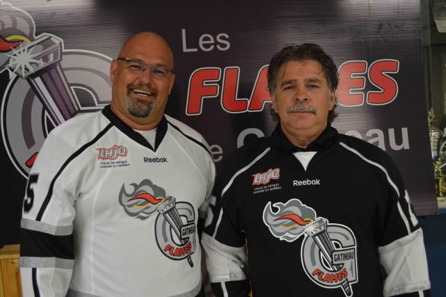 Le président des Flames, Luc Mauzeroll et l'entraîneur-chef... (Archives, LeDroit)