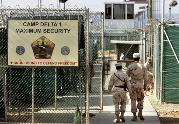 La prison de Guantánamo, créée en 2001 après... (PHOTO BRENNAN LINSLEY, ARCHIVES ASSOCIATED PRESS)