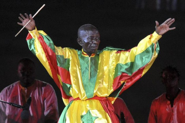 Doudou Ndiaye Rose en spectacle à Dakar en... (PHOTO ARCHIVES AFP)