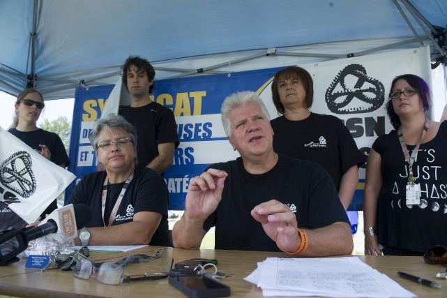 Les syndiqués de la FSSS-CSN dénoncent la hausse... (Stéphane Lessard)