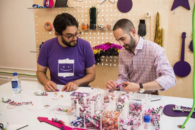 Les littleBits sont de petits composants électroniques qui... (PHOTO LOUIS SEIGAL, FOURNIE PAR LITTLEBITS)