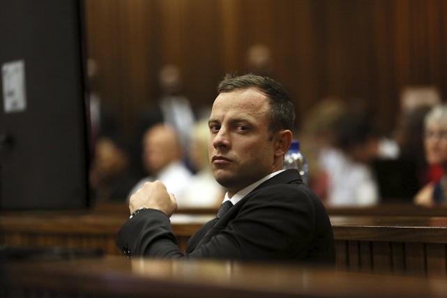 Oscar Pistorius a toujours affirmé avoir tué par... (PHOTO ARCHIVES REUTERS)