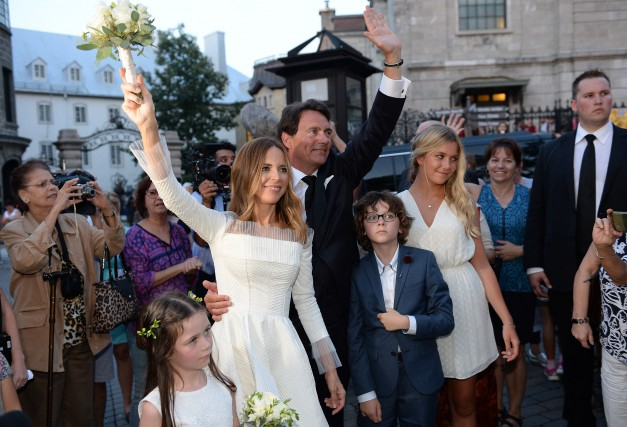 Le mariage de Pierre Karl Péladeau et Julie... (PHOTO ERICK LABBÉ, LE SOLEIL)