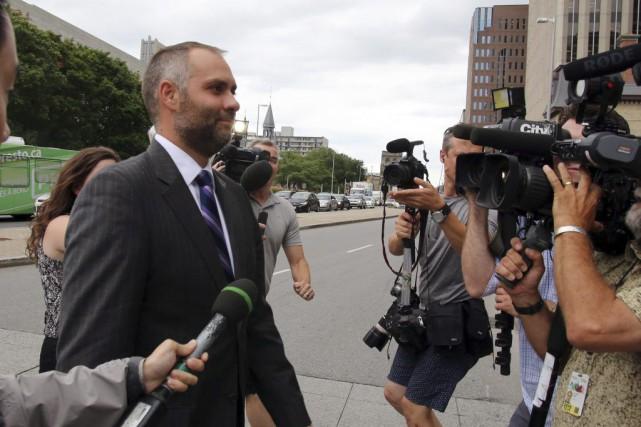 Témoignant au procès du sénateur pour fraude, corruption... (Photo La Presse Canadienne)