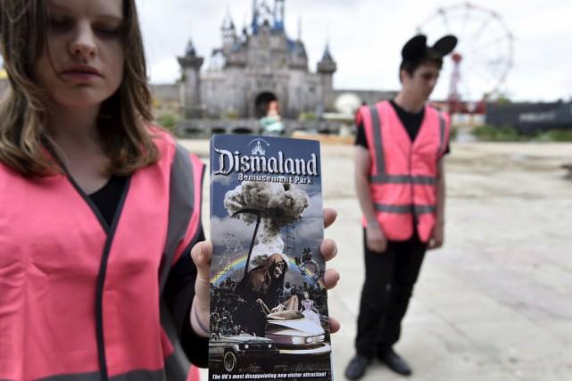 L'exposition réunit des oeuvres de Banksy et d'une... (Photo TOBY MELVILLE, Reuters)