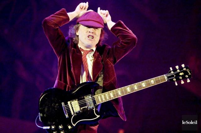 Angus Young, un des membres fondateurs d'AC/DC... (Photothèque Le Soleil)