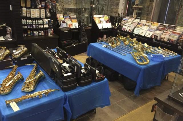 Les instruments, qui appartenaient à la Fondation de... (photo tirée de Facebook)