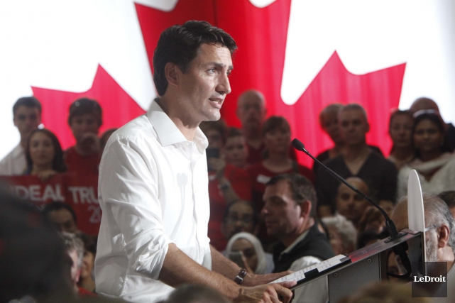 Le chef libéral Justin Trudeaucourtisera les communautés ethniques... (Photo Simon Séguin-Bertrand, archives LeDroit)
