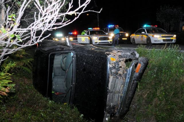 Une poursuite automobile a occupé les policiers de la Sûreté du Québec vendredi... (Collaboration spéciale, Éric Beaupré)