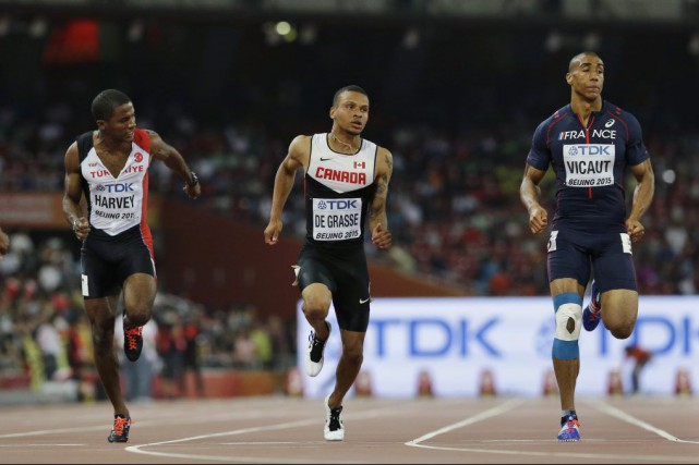 Le Canadien Andre De Grasse a franchi la distance... (PHOTO David J. Phillip, AP)