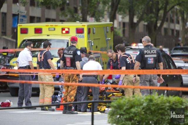 Un homme de 21 ans a succombé à ses blessures quelques heures après avoir été... (PHOTO FÉLIX O.J. FOURNIER, COLLABORATION SPECIALE)