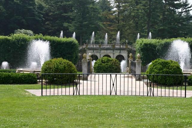 À Longwood Gardens, il y a des fontaines... (www.jardinierparesseux.com)