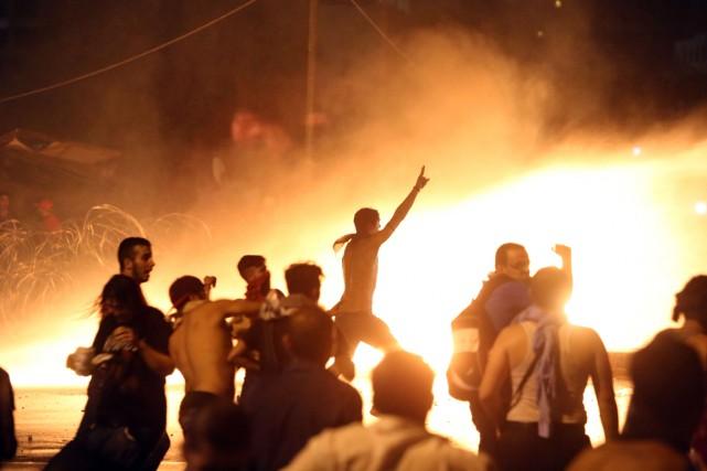 La crise des déchets s'est aggravée dimanche à Beyrouth où des affrontements... (Photo AFP)