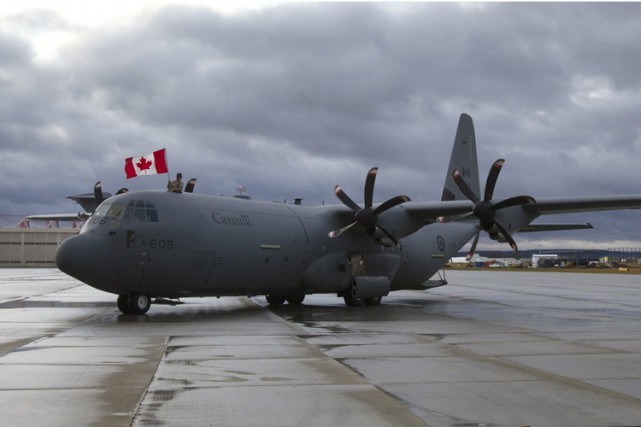 Un Hercules C-130... (Photo ARCHIVES REUTERS)