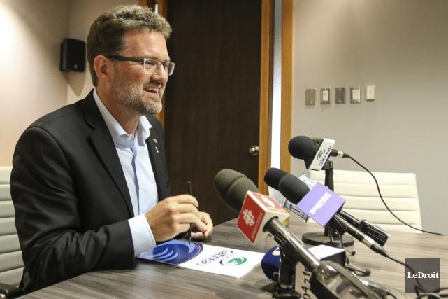 En 2013, le maire Maxime Pedneaud-Jobin avait promis... (Patrick Woodbury, LeDroit)