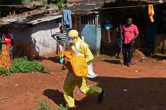Les autorités de la santé publique du Sierra Leone ont donné son congé... (PHOTO AP)