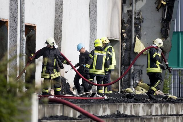 Un nouvel incendie suspect a détruit dans la... (PHOTO AXEL SCHMIDT, REUTERS)