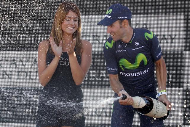 L'Espagnol Alejandro Valverde a sabré le champagne sur... (Photo Jose Jordan, AFP)