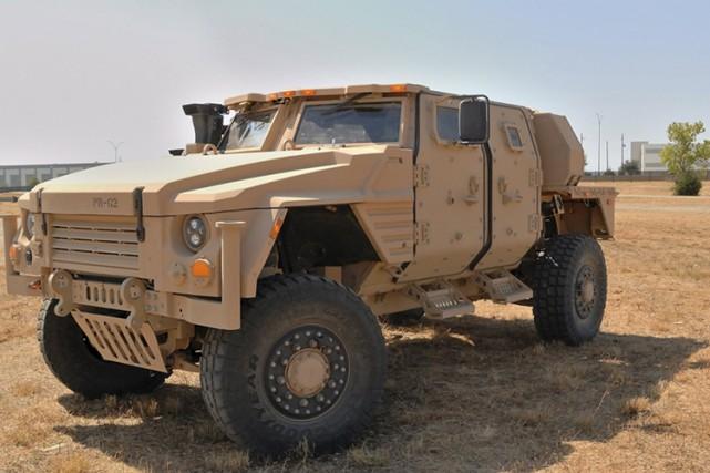 Le Pentagone a annoncé mardi avoir choisi le constructeur américain Oshkosh... (PHOTO REUTERS)
