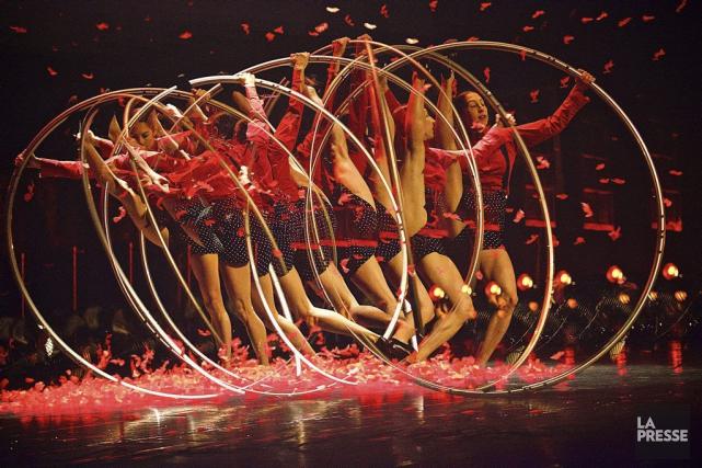 Numéro de roue Cyr du collectif Les improbables.... (PHOTO ANDRÉ PICHETTE, LA PRESSE)