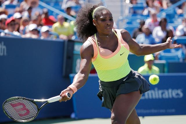 Serena Williams pourrait devenirla première joueuse depuis Steffi... (Photo John Minchillo, AP)