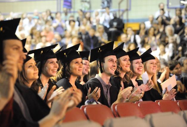 Les hyperdiplômés tirent-ils mieux leur épingle du jeu dans le milieu du... (ARCHIVES LA NOUVELLE)