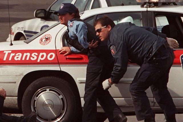 Jour noir à Ottawa, le 6 avril 1999,... (La Presse Canadienne)