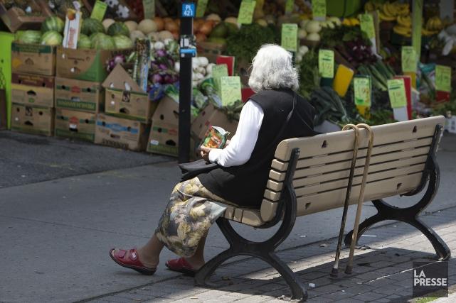 L'espérance de vie globale à la naissance pour... (PHOTO ROBERT SKINNER, ARCHIVES LA PRESSE)
