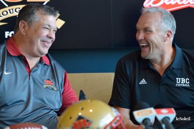 Les entraîneurs Glen Constantin et Blake Nill étaient... (Le Soleil, Yan Doublet)