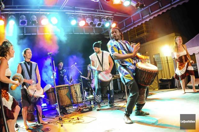 Les membres du Tounkara-Lavoie Trio, Diely Mori Tounkara,... (Photo Le Quotidien, Gimmy Desbiens)