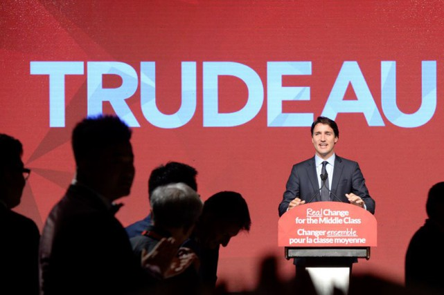 Le chef libéral Justin Trudeau a courtisé les... (Photo La Presse Canadienne, Paul Chiasson)