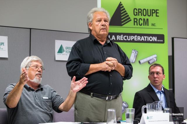 De gauche à droite: Guy Julien, vice-président de... (Photo: Olivier Croteau Le Nouvelliste)