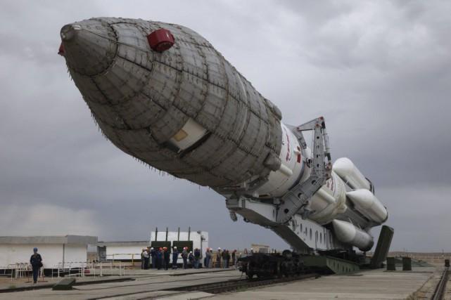 Une fusée russe Proton porteuse d'un satellite britannique... (PHOTO AGENCE FRANCE-PRESSE)