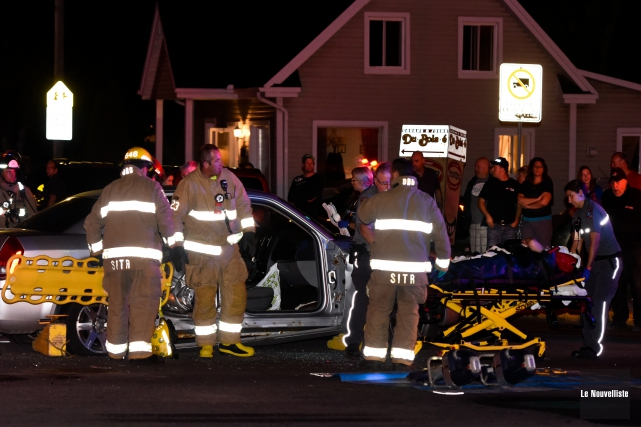 Une collision entre deux véhicules a causé des blessures à au moins une... (Photo: François Gervais Le Nouvelliste)