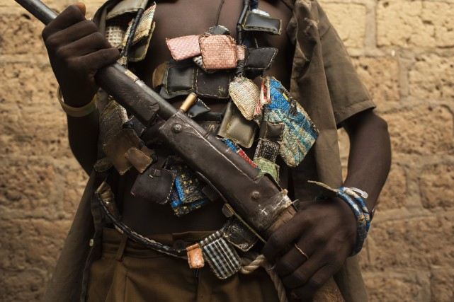 Un milicien anti-balaka.... (PHOTO ARCHIVES REUTERS)