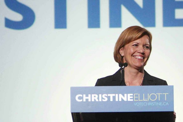 Christine Elliott avait participé à la course au leadership... (Steve Russel, Archives La Presse Canadienne)