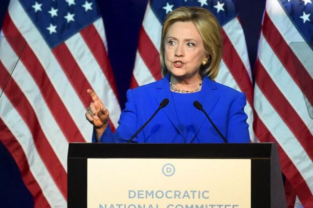 Sous des applaudissements nourris,Hillary Clinton a fustigé l'absence... (Photo Craig Lassig, Reuters)