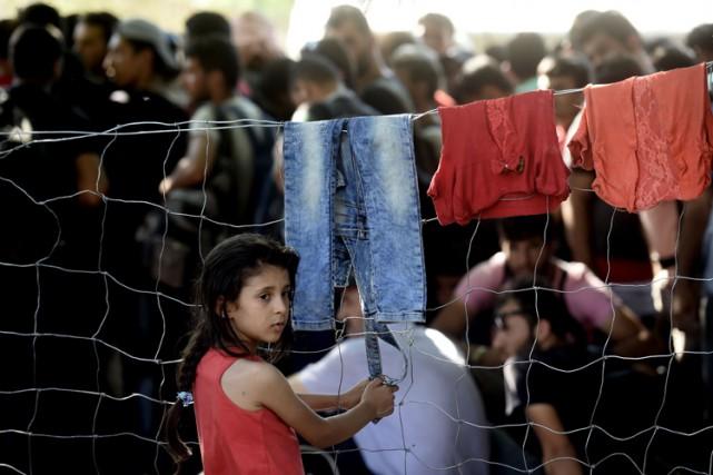 Sur la «route des Balkans», des milliers de... (PHOTO AFP)