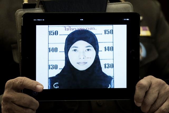 La femme «s'appelle Wanna Suansan, âgée de 26... (PHOTO NICOLAS ASFOURI, AFP)
